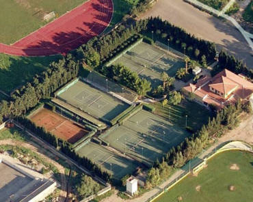 Orari apertura e chiusura tennis club mesi luglio-agosto.