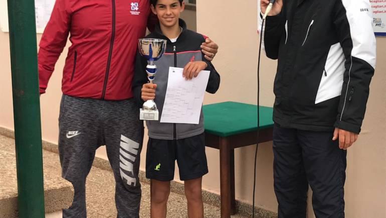 Junior next gen tappa al tc Cagliari: Lorenzo Carboni si ripete…