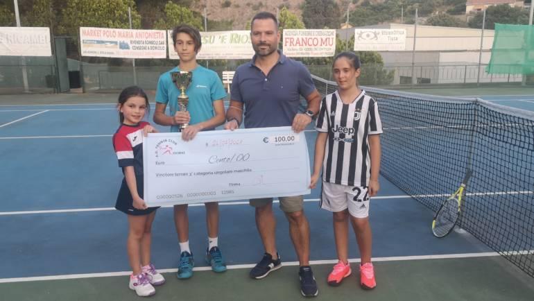 """Alessandro Concu vince la terza categoria al trofeo """"Ivan Satta"""" di Ozieri."""